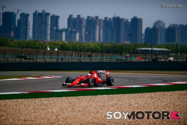 Vettel y Ferrari esperan sorprender a Mercedes en Baréin - LaF1.es