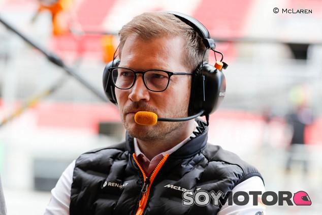 Andreas Seidl sugiere rotaciones de carreras en la F1 - SoyMotor.com