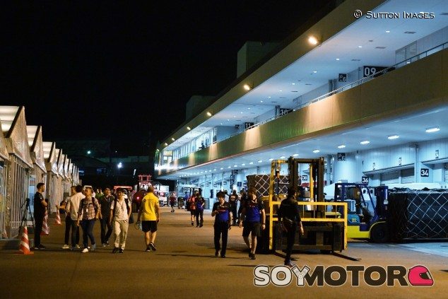 Pit-Lane del circuito de Suzuka - SoyMotor