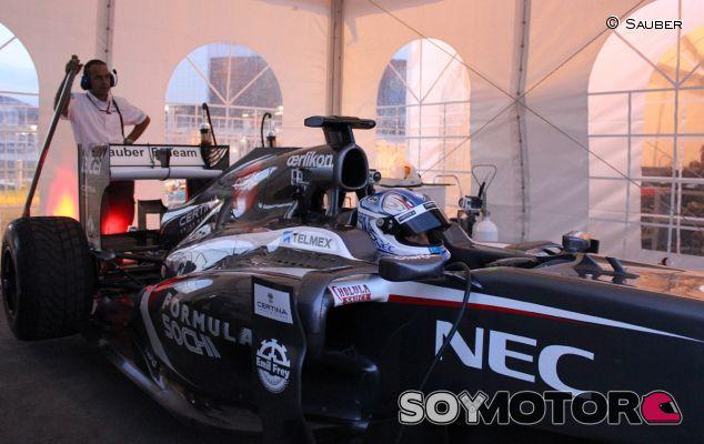 Sergey Sirotkin durante su debut en Sochi - LaF1