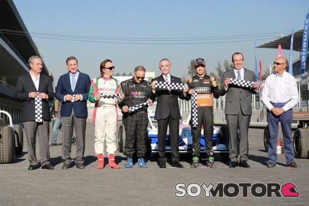 Inauguración del Autódromo Hermanos Rodríguez - LaF1