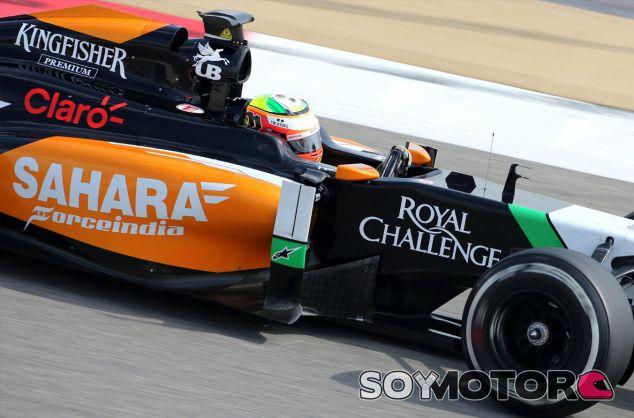 Sergio Pérez durante los test de Baréin - LaF1