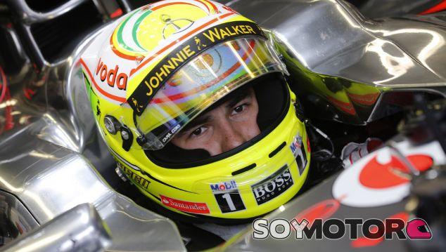 Sergio Pérez en el McLaren MP4-28