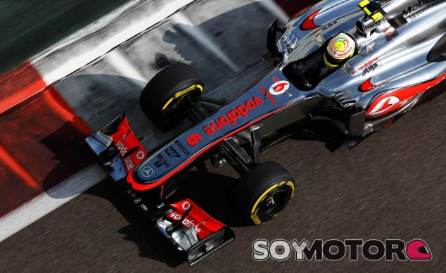 Sergio Pérez en el McLaren MP4-28 - LaF1