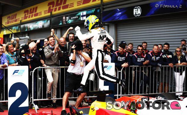 Sette Câmara celebra en el pre-podio su victoria - SoyMotor