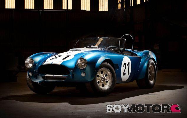 Shelby Cobra Bondurant - SoyMotor.com