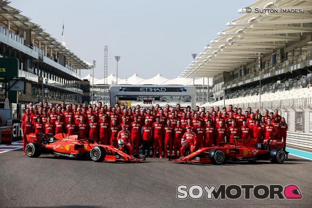Equipo Ferrari en el GP de Abu Dabi F1 2019 - SoyMotor.com