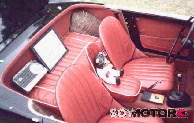 El asiento infantil con el que irías a la cárcel - SoyMotor.com