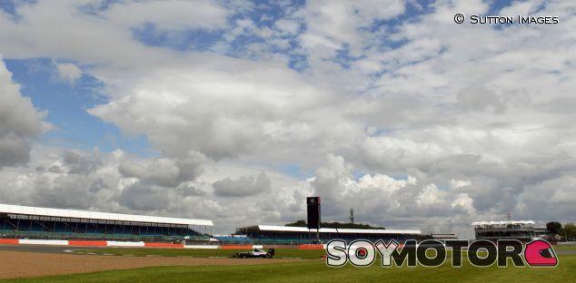 Imagen de Silverstone durante el Gran Premio de 2016 - SoyMotor