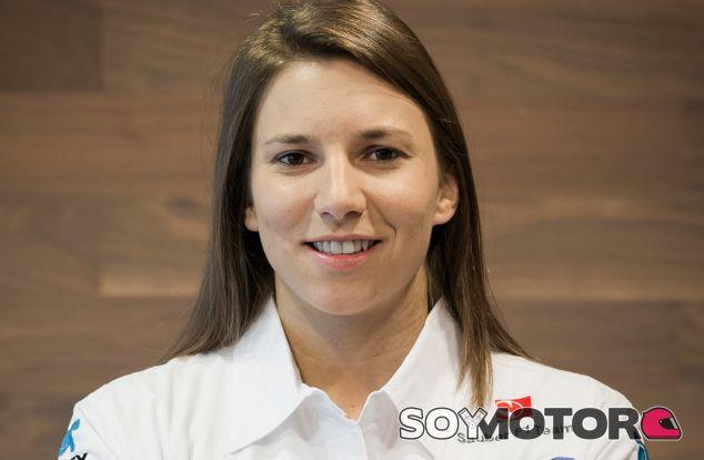 Simona de Silvestro pilotará un Sauber y busca hueco en la F1 de 2015