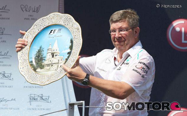 Ross Brawn en el podio de Hungría