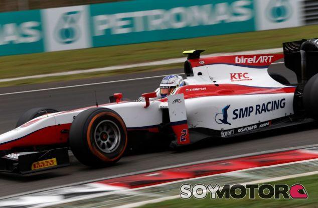 El logo de SMP Racing estuvo presente en el monoplaza de Sirotkin en GP2 - SoyMotor