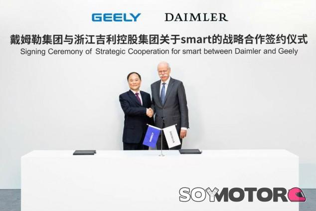 Daimler vende el 50% de Smart a Geely - SoyMotor.com