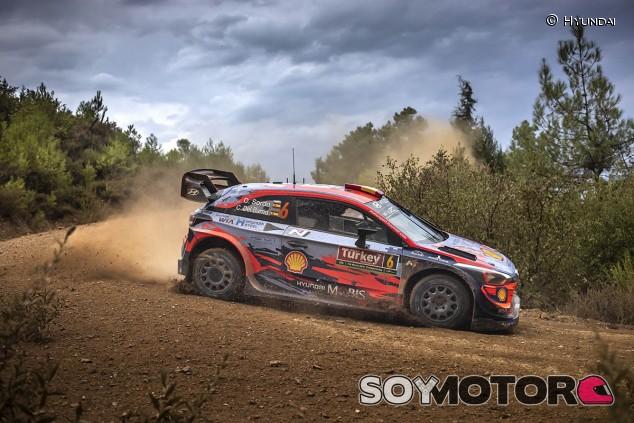 Dani Sordo renueva un año más con Hyundai - SoyMotor.com