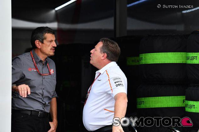 Steiner conversa con Brown tras el incidente de la clasificación - SoyMotor