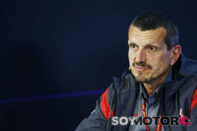 Steiner durante una rueda de prensa esta temporada - SoyMotor.com