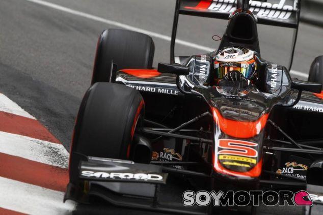 Stoffel Vandoorne con el GP2 de ART - LaF1