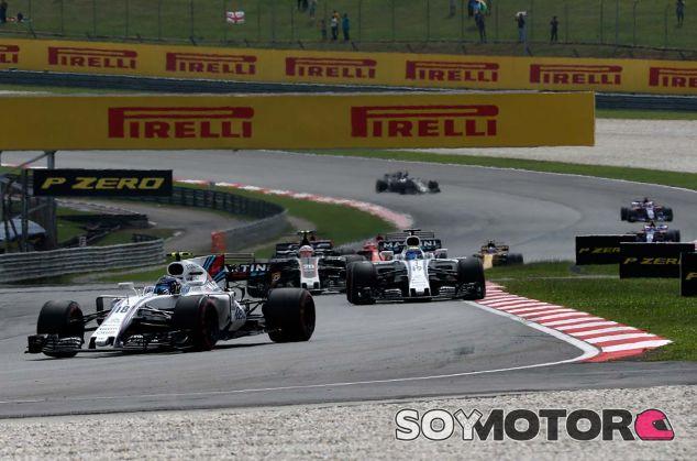 Lance Stroll y Felipe Massa en Sepang - SoyMotor.com