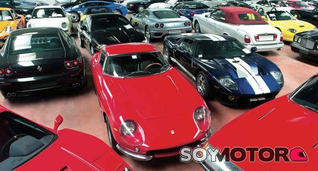 Una mínima muestra de todos los vehículos que se subastan en la 'Duemila Rote' - SoyMotor