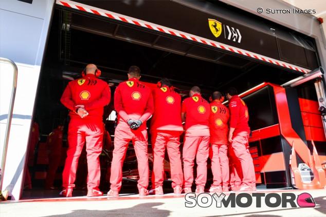 Surer sospecha que Ferrari disimula; espera sorpresas en Australia - SoyMotor.com