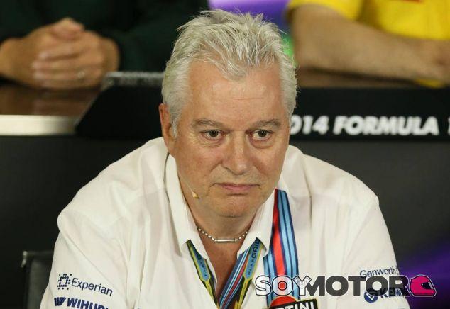 Symonds durante una rueda de prensa oficial de la FIA - LaF1
