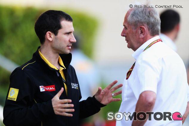 Remi Taffin hablando con Helmut Marko - LaF1