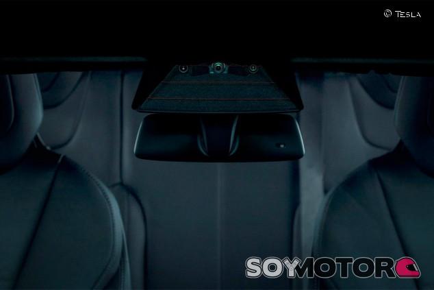 Sensor Autopilot de Tesla - SoyMotor.com