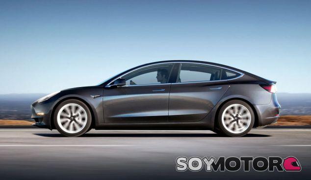 La llegada de las versión de alto rendimiento y tracción total del Tesla Model 3 está muy cercana - SoyMotor