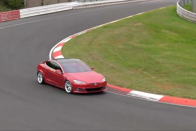 Tesla Model S Plaid en el Nürburgring - SoyMotor.com