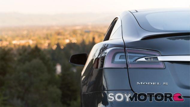 ¿Quieres comprar un Tesla? Te contamos nuestra experiencia - SoyMotor.com