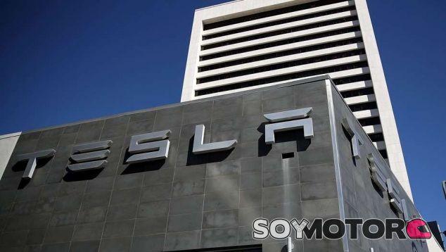 Tesla gana terreno en bolsa y ya vale más que Ford Motor - SoyMotor.com