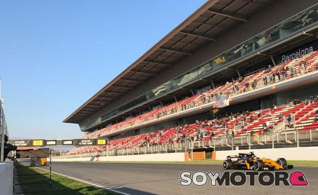 La nueva F1 permite a los equipos compartir vídeos durante los test - SoyMotor.com