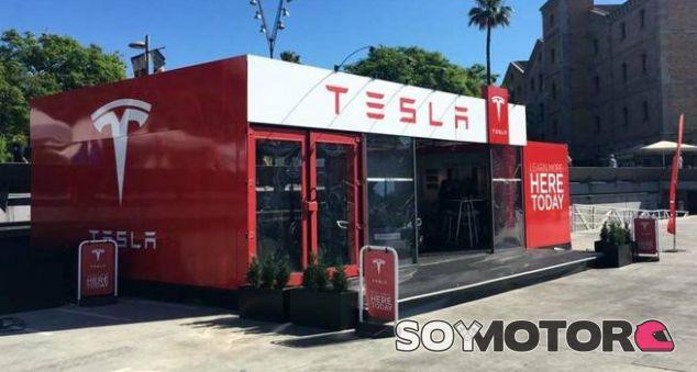 Tienda Provisional de Tesla - SoyMotor.com