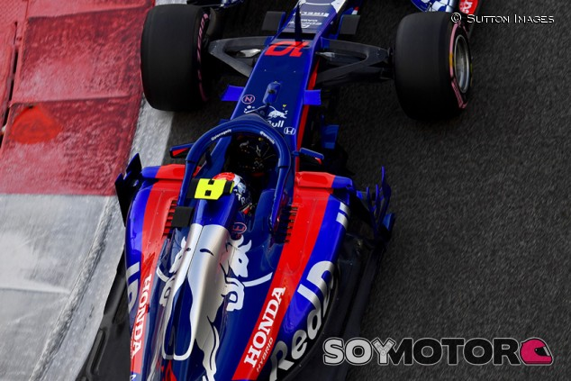 Pierre Gasly en Yas Marina - SoyMotor.com