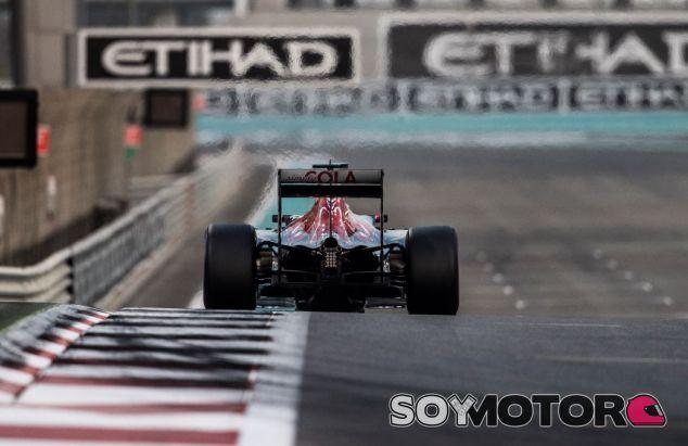 Imagen del Toro Rosso STR11 en Abu Dabi - SoyMotor