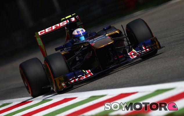 Daniel Ricciardo a los mandos de su Toro Rosso - LaF1