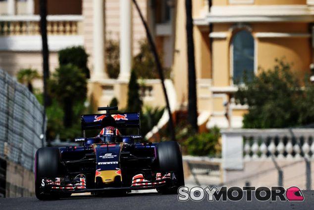 Kvyat sufre problemas eléctricos en Mónaco - LaF1