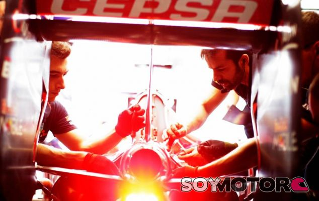 Detalle de un Toro Rosso en Italia - LaF1