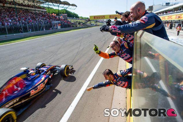 Toro Rosso festeja el resultado de Verstappen en Hungría - LaF1