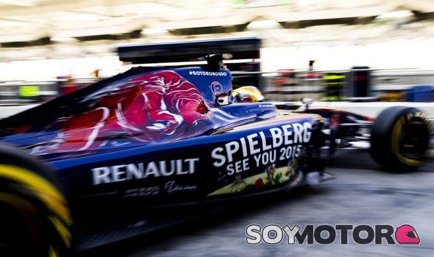 Toro Rosso durante los test de Abu Dhabi - LaF1.es