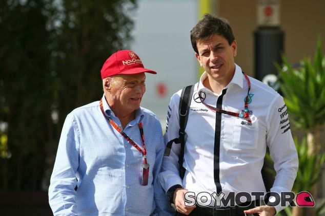 El presidente de Mercedes niega que haya disputadas entre Lauda y Wolff - LaF1
