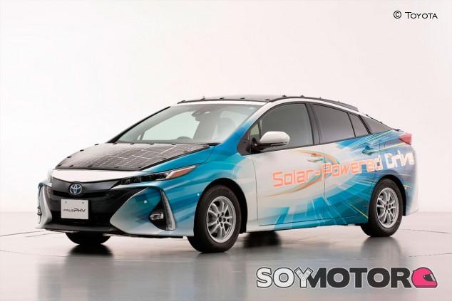 El Toyota Prius con paneles solares - SoyMotor.com