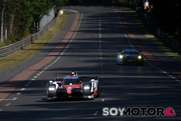 El Toyota nº 8 de Buemi, Davidson y Nakajima en Le Mans – SoyMotor.com