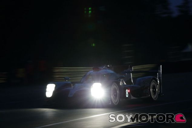 Fernando Alonso en el Toyota 8 – SoyMotor.com