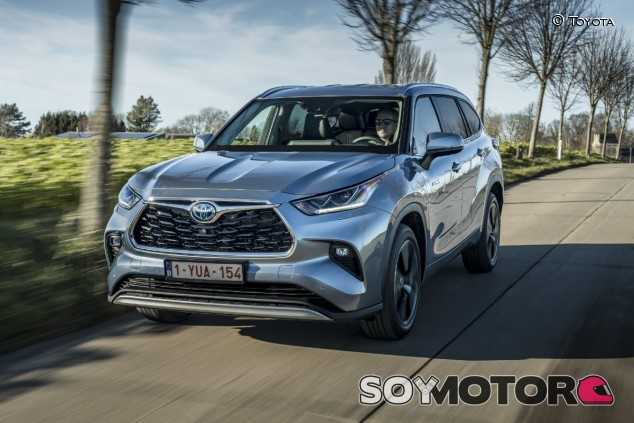 Toyota Highlander 2021: probamos el Rav4 vitaminado - SoyMotor.com