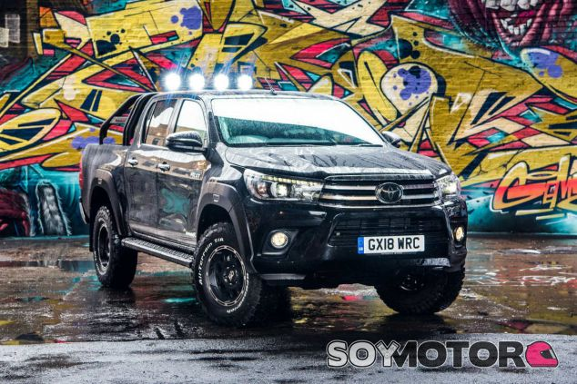 Toyota Hilux Invincible 50 - SoyMotor.com
