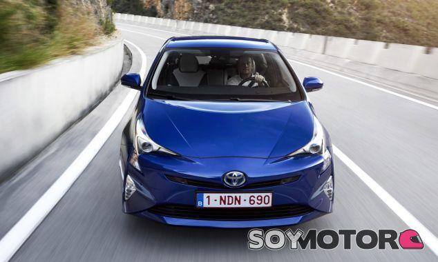 El Toyota Prius es una auténtica referencia en la movilidad híbrida - SoyMotor