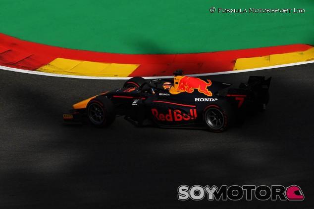 Tsunoda gana en Bélgica por sanción a Mazepin; podio de Schumacher - SoyMotor.com