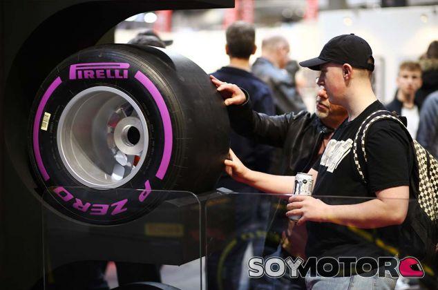 Neumático ultrablando expuesto en Birmingham - SoyMotor.com