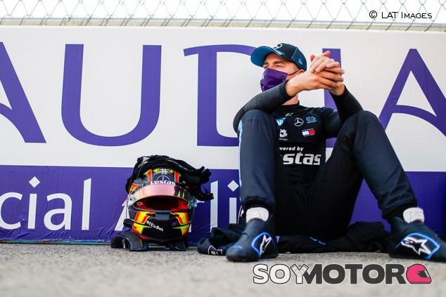 Vandoorne vuelve a ponerse al servicio de McLaren como reserva